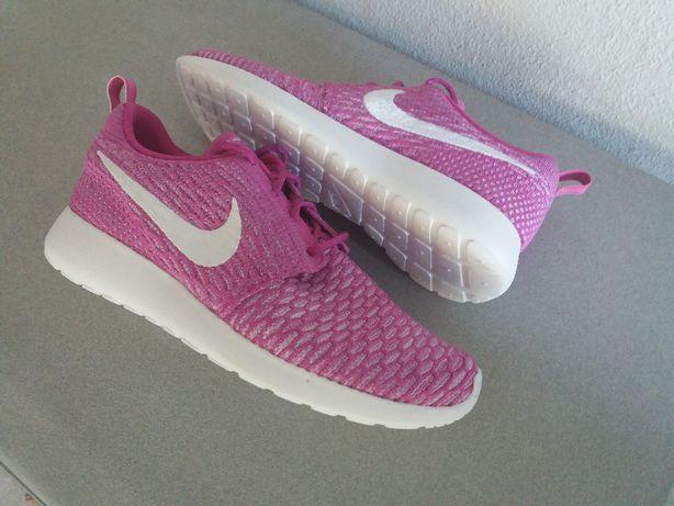 Nike Rosherun Flyknit n.º 40,5 - NOVAS e ORIGINAIS