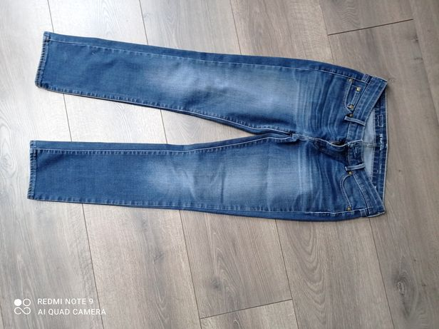 Levis  -  jeansy damskie