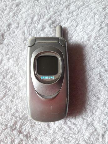 Мобильный телефон на запчасти Samsung и Nokia