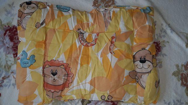 Комплект в детскую кроватку (одеяло+подушка)