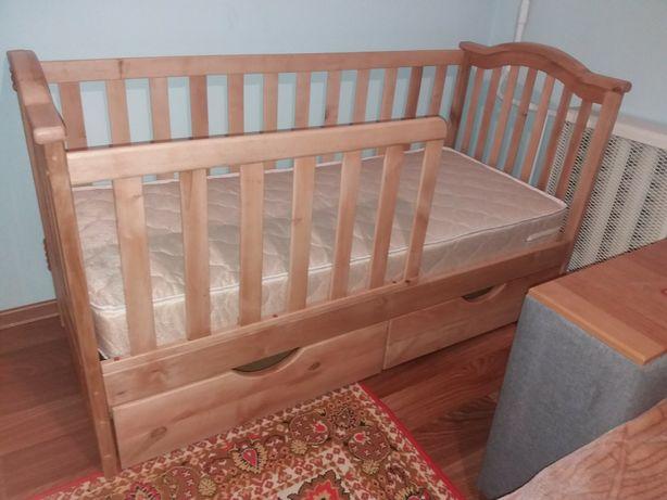 Кроватка,кровать с ольхи можлива доставка по Василькову