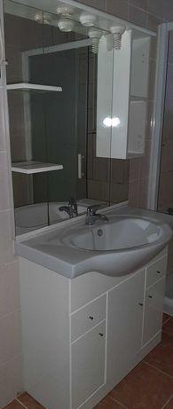 Móvel de casa de banho usado