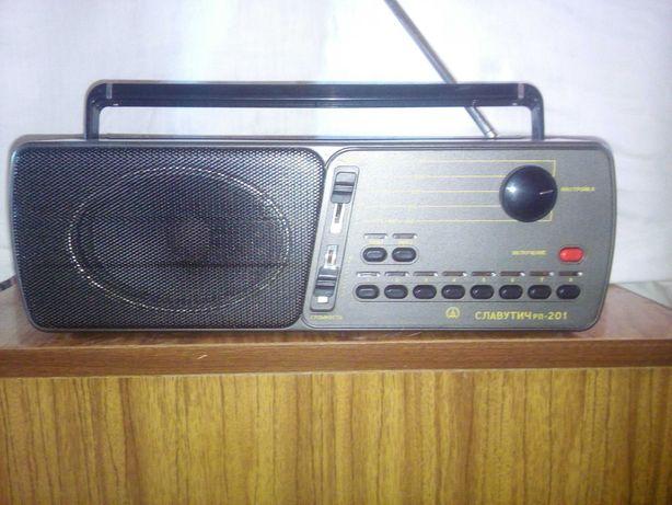 Продам Радиоприемник Славутич рп201