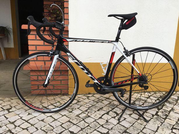 Bicicleta Scott Addict 20