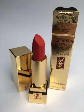 Yves Saint Laurent Rouge Pur Couture 1