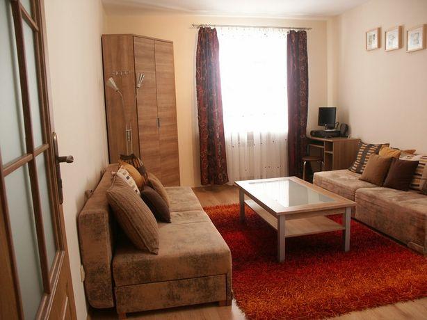 Mieszkanie 50m2 * w pełni umeblowane * 2 duże pokoje, kuchnia, łazienk