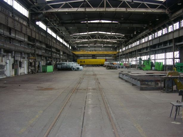 Wynajmę Halę 3800 m2 z Bocznicą Kolejową i Rampą