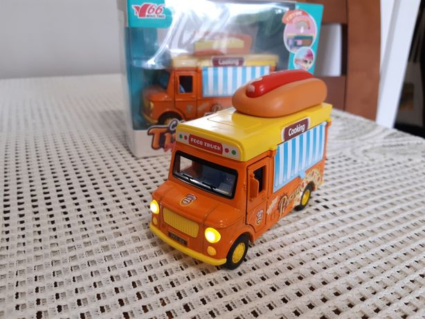 Auto metalowe Food truck