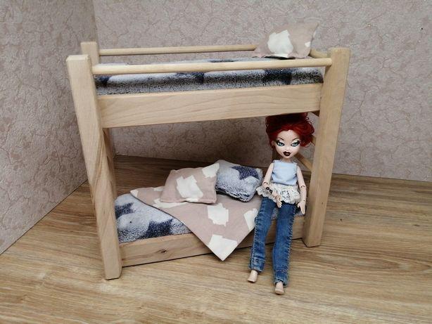 Mebelki drewniane dla lalek typu barbie. Łóżko piętrowe z pościelą