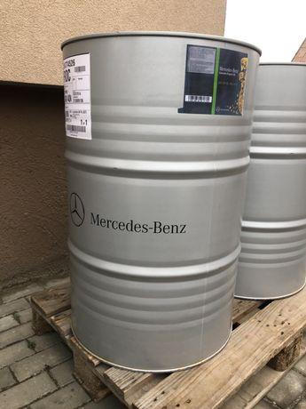 Оригинальное масло Mercedes-Benz 5W-30 10W-40 MB228.51 A0009894704