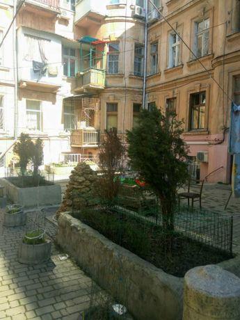 Просторная квартира в районе Соборной площади по привлекательной цене