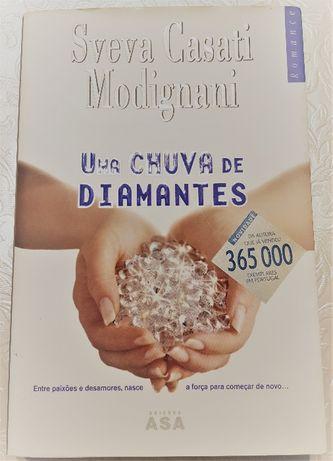 """Livro - """"Uma Chuva de Diamantes"""" de Sveva Casati Modignani"""