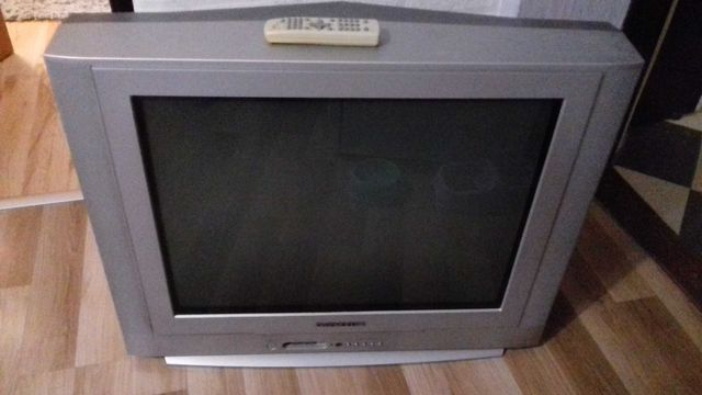 Oddam telewizor Daewoo