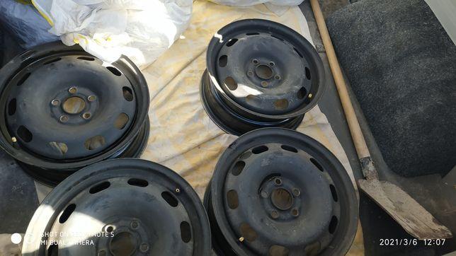 Стальные диски R15 размер: 6jx15h2 et38 5x100 в идеальном состоянии VW