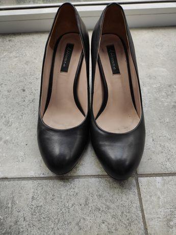 Кожаные туфли 38 размер (24,5 см)