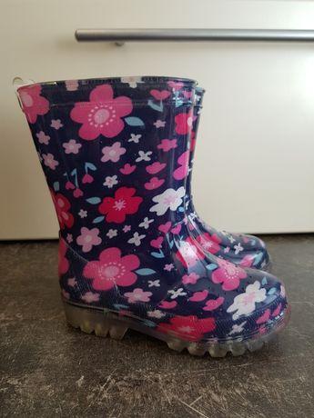 Обувь (туфли, сапоги, ботинки) для девочки