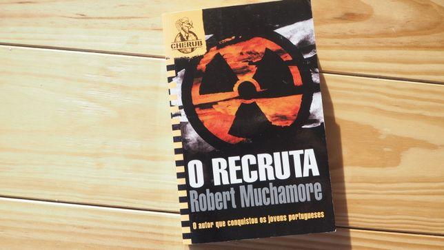 """O Recruta"", de Robert Muchamore. Novo"