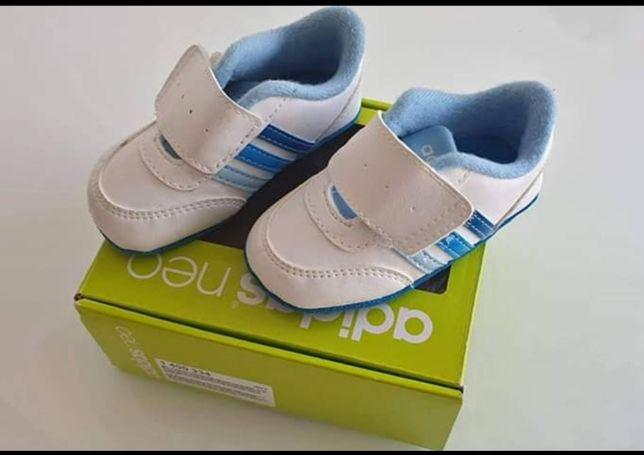 Buciki niechodki Adidas