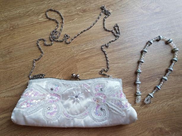 Torebka kopertówka, biała, łańcuszek i koraliki
