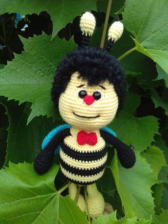 Вязаная игрушка Пчеленок