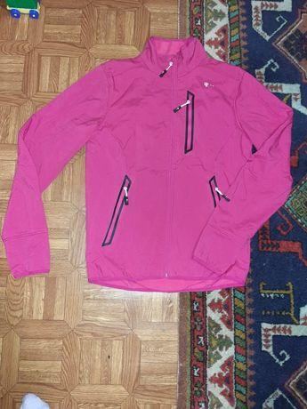 Спортивная курточка