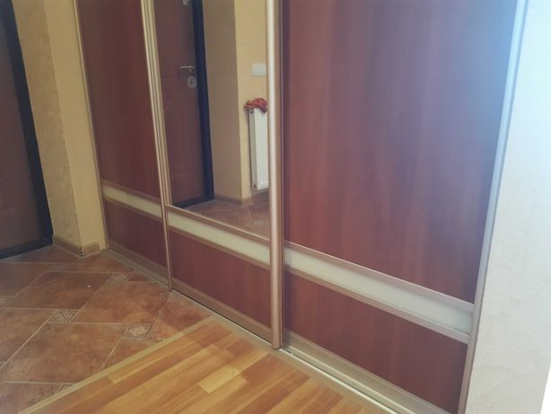 Двері купе в гардеробну