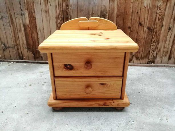 Drewniana szafka nocna, komoda sosnowa. SUWAŁKI