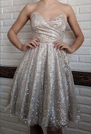 Вечернее выпускное платье в пайетках пышное