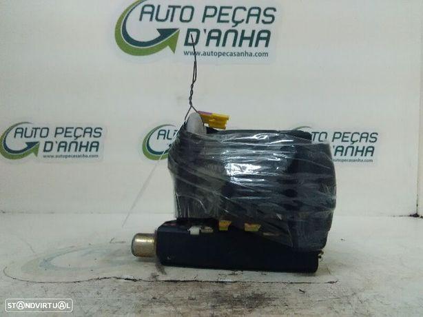 Cinto Frente Dto Volkswagen Bora (1J2)