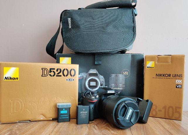 Lustrzanka Nikon D5200 obiektyw 18-105 przebieg tylko: 4621 +torba aku