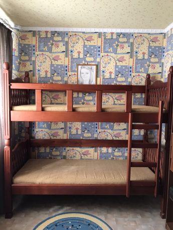 Детская двухъярусная кровать в идеальном состояние