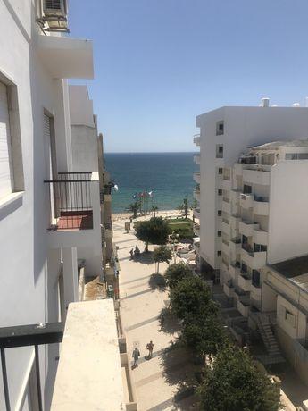 Apartamento T1 Armação de Pêra junto á praia com vista mar