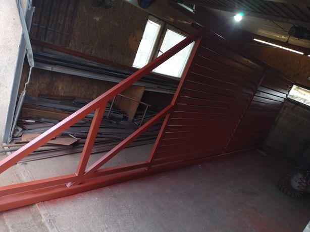 Brama panelowa daszkowa 410 x1.80 cm