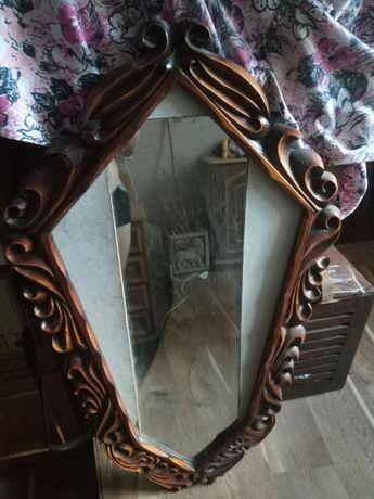 Рама для зеркала, резная.Ручной работы