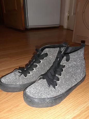 Серебряные ботинки Next 37 размер, идут на 36
