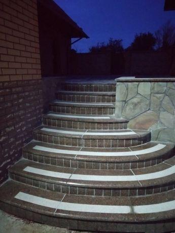 Гранітні стільниці, гранітні сходи, гранітні каміни, парапети