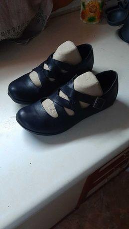 продать туфли женские