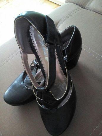 Кожаные туфли Paola 37 р-р в идеальном состоянии