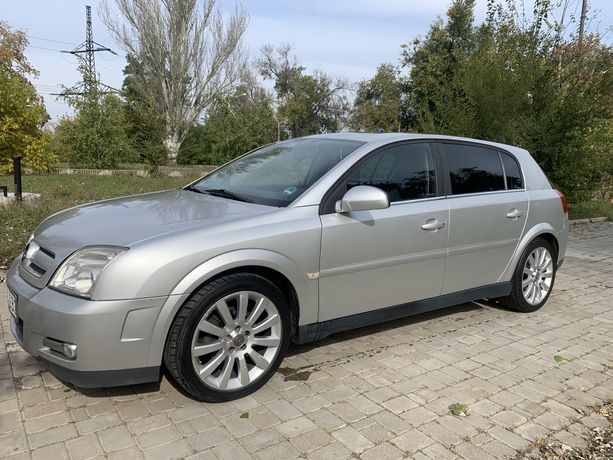 Opel Signum 2004