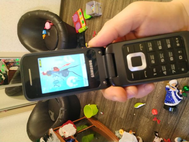 Samsung раскладушка телефон складной 3520 black
