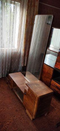 Komoda toaletka, szafka retro, PRL, zabytek z lustrem, stara drewniana