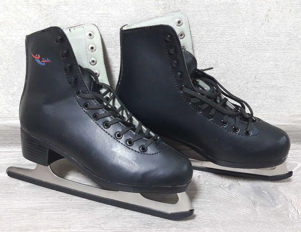 Коньки фигурные черные Teku 38 размера, почти новые