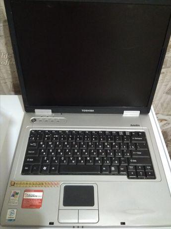 б/у Ноутбук Toshiba Satellite L10-236 + сумка