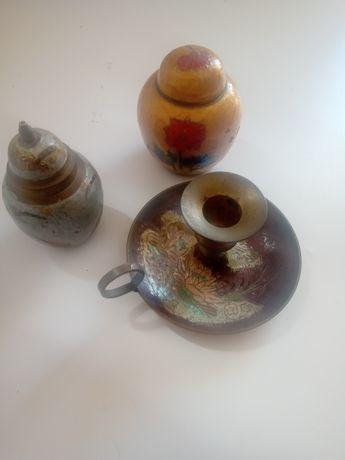 Castiçal e 2 potes em latão