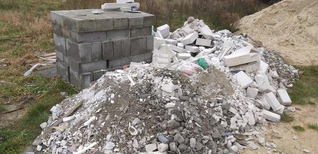 Gruzy pustaki odpady