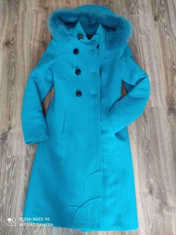 Красивое пальто зимнее