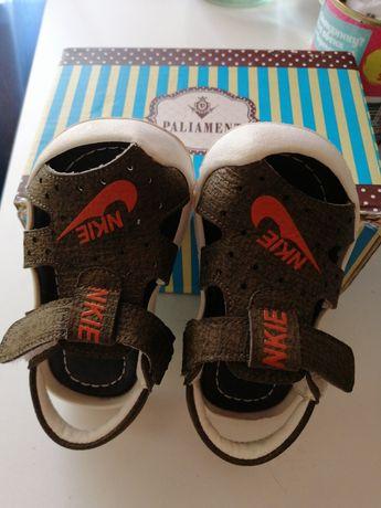 Продам летние кожаные сандали