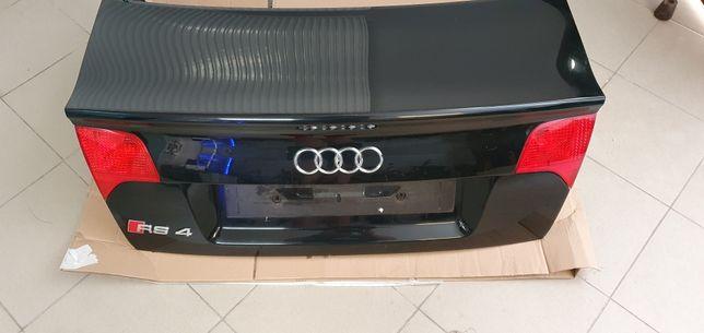 Audi RS4 2007 klapa bagaznika