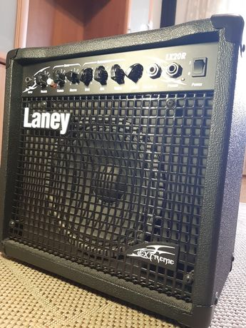 Комбик LANEY LX 20 R