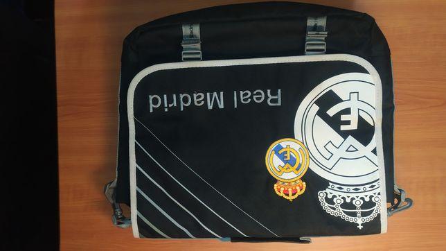 Mala tiracolo Real Madrid